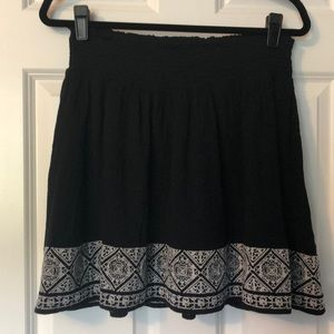 Casual and easy skirt.